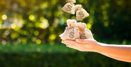 rapporto con la ricchezza